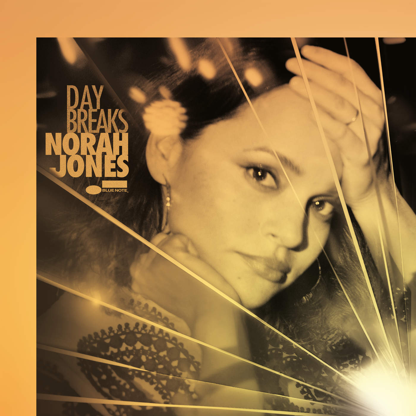 Norah Jones Day Breaks cover