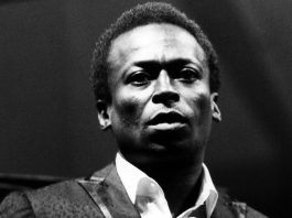 Miles DAVIS Photo by David Redfern/Redferns