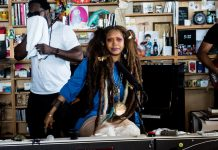 erykah-badu-performs-at-NPRs-Tiny-Desk-10